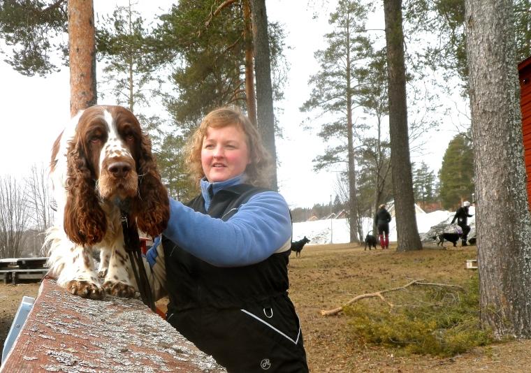 Springer spanieln Melker och Lena Holmgren hittade lugnet på balansövningen.