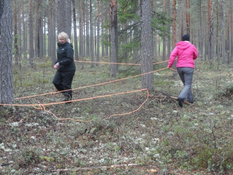 Jisses vilket tjorv, men Birgitta Sundberg och Carina Backman klarar utmaningen.